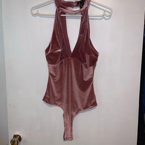 ⭐️Revamped pink bodysuit size M